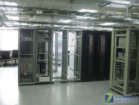 绿色+易用+高效:思科200系列交换机评测