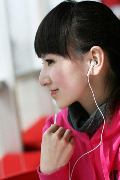 苹果iPodshuffle第三代播放器图赏