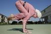 八旬老太练瑜伽