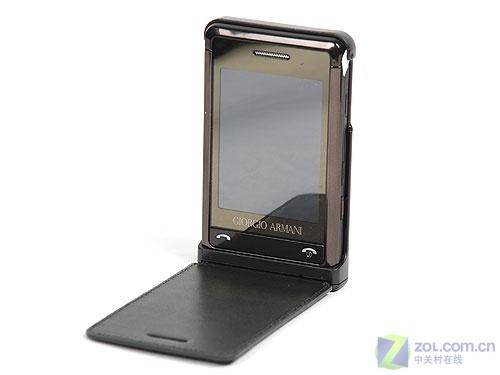 全触摸屏设计三星阿玛尼手机P528评测(2)