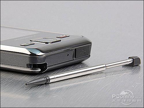 双卡双待摩托Linux智能机E11详尽评测
