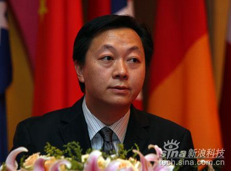 科技时代_图文:21报系总经理陈东阳发布报告