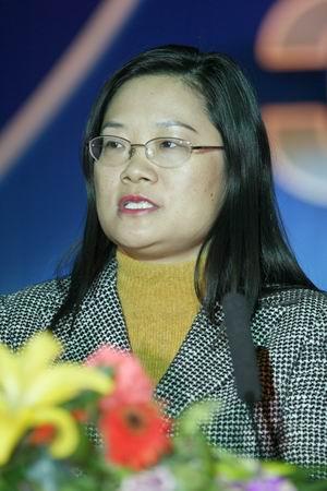 科技时代_图文:鼎桥通信技术公司销售总监何瑞娟演讲