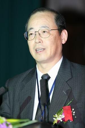 科技时代_图文:NTT DoCoMo高级副总裁伊东则昭演讲