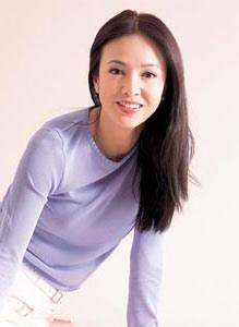 香港影坛的傻大姐--处女座郑裕玲(附图)