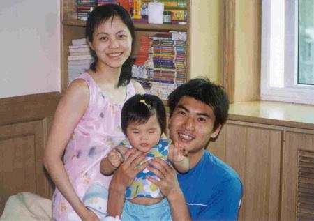 全家福--玥彤和爸爸妈妈