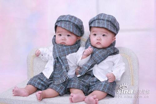 星光熠熠宝宝秀第141:双胞胎豆子(图)