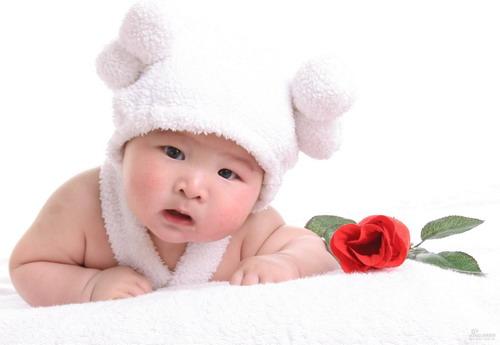 星光熠熠宝宝秀第149:半岁小帅哥(图)