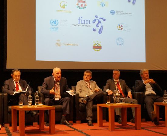 Li Ruohong Made a Speech on International Forum: No Development Can Be Achieved without Partners