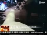 监拍男子尾随女子至家中性侵 用不雅视频勒索
