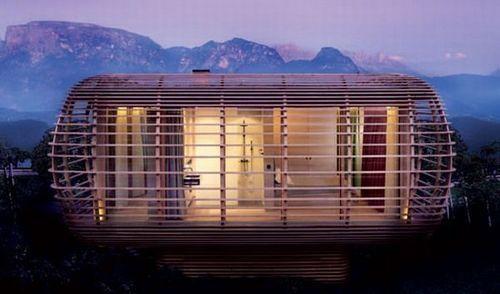 建立在意大利的博岑附近的Fincube,海拔1200M。