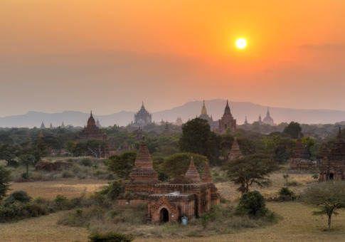 缅甸蒲甘的日落