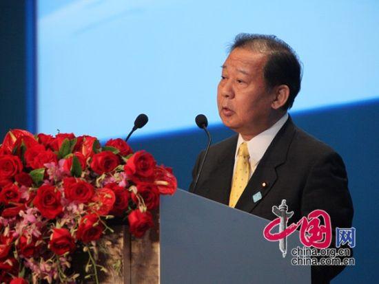 日本前经济产业大臣二�A俊博