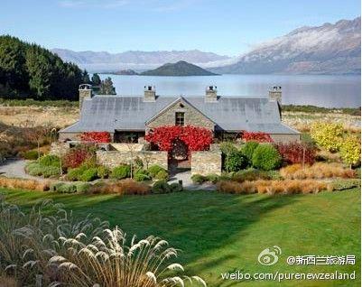一座山,一湾湖水,一栋精致的房子……