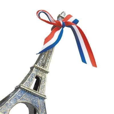 埃菲尔铁塔的旅游纪念品会有各种衍生和变形。