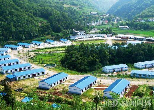 岚皋县的蔺河花炮厂区一角。岚皋县的花炮生产规模在中国西北部位列第一。
