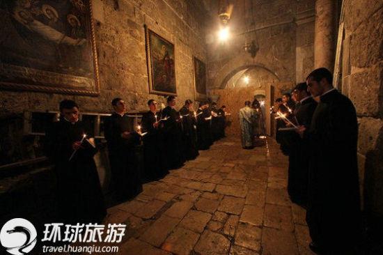 圣墓堂教堂的牧师。