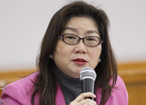 台湾经纪人协会理事长钟碧蓉:台湾保险经纪协会的发展和作用
