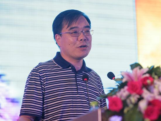 冯国庆:钢铁目前还没有跌到底