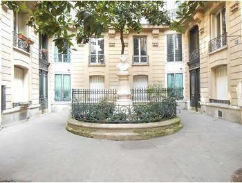 巴黎市内小区图。