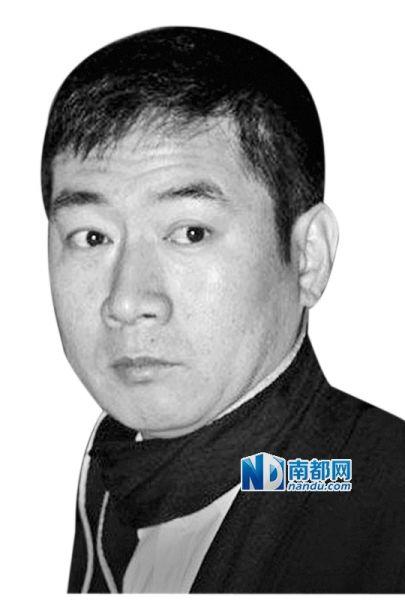 昨日,李军被香港一家财务公司入禀高等法院,指其去年保释期间,在香港向其公司借贷1亿元,但未有按协议每月缴付300万利息。