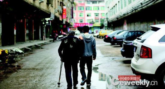 从养老方式来看,超过90%的老人选择居家养老。《中国经济周刊》记者 肖翊I摄