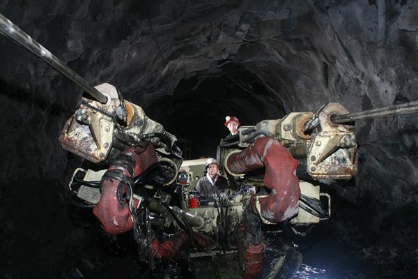 资源枯竭:集团所属矿区煤炭资源匮乏接续不力