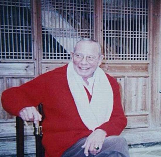 """图为有""""中国古董教父""""之称的美国收藏家安思远。"""