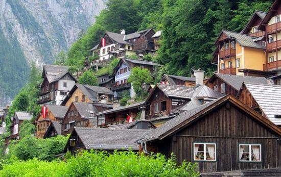 当下旅游地买房是最大的浪费。