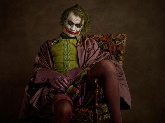 满脸狰狞的小丑(蝙蝠侠中的小丑)-十六世纪油画里的美国超级英雄