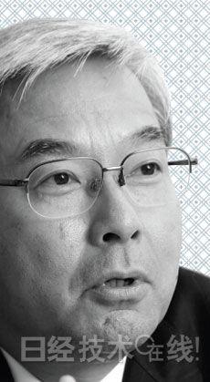 小久保宪一,日立制作所执行常务董事兼中国法人总代表。1979年进入日立后,一直从事与中国相关的业务。2013年10月就任中国法人总代表。