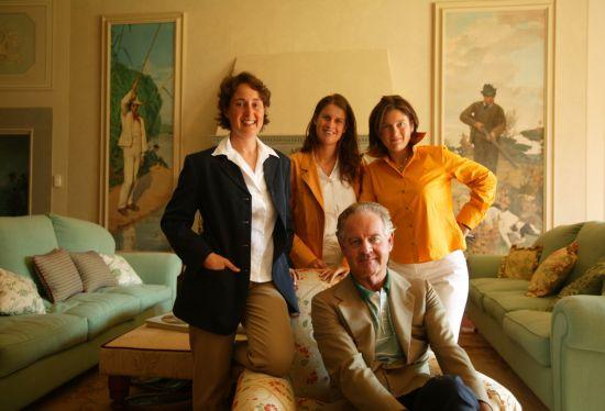 安东尼侯爵和三个女儿
