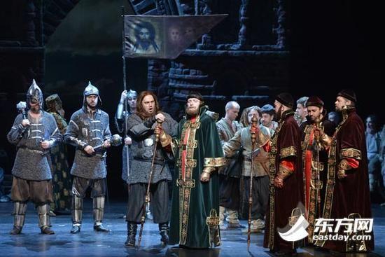 图片说明:俄罗斯国民歌剧《伊戈尔王》压轴本届艺术节