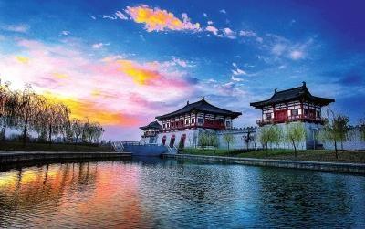 夕阳余晖中的定鼎门遗址博物馆