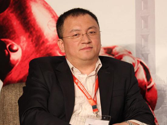 图为Atieva lnc副总裁李红光发言(图片来源:新浪财经 李靓一摄)