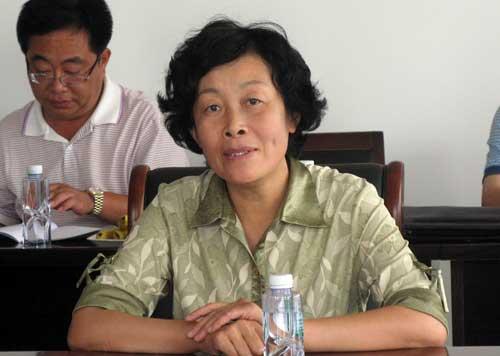王莉:探索企业退休人员社会化管理服务模式