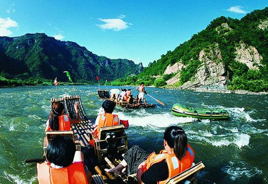白山市候选景区:鸭绿江漂流(组图)