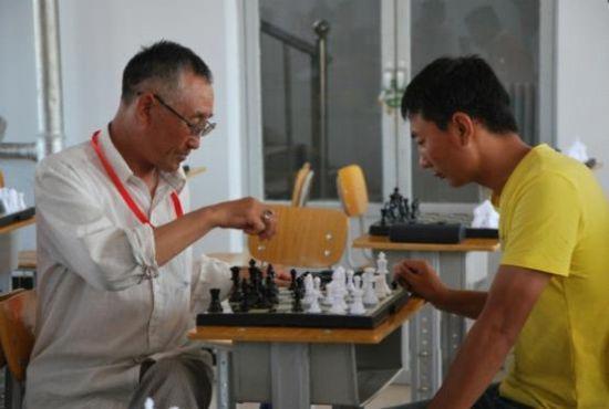 第十三届人民那达慕蒙古象棋比赛圆满结束
