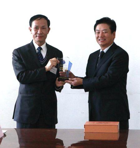 北京市民防局接待香港特区民众安全服务队代表团参观访问