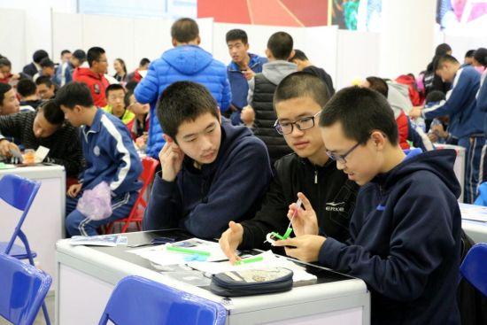 2017年全国青年科普创新实验暨作品大赛初赛开赛