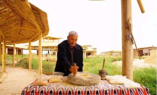 """新疆巴楚:丝绸之路上民俗文化的""""活化石""""和""""博物馆"""""""