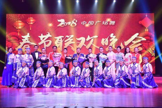 著名歌唱家刘媛媛与中国广场舞第一人 携手《歌唱新时代》获各界盛赞