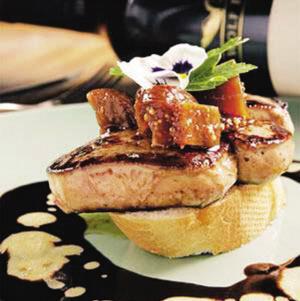 鹅肥肝酱_在西方世界里,鹅肥肝和松露,鱼子酱并称为\