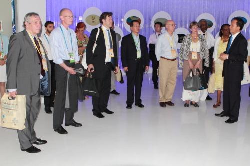 王锦珍副会长会见国际展览局代表团
