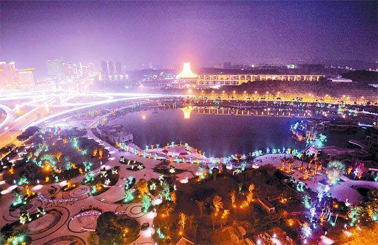 """南宁民歌湖:""""中国水城""""的缩影(图)"""