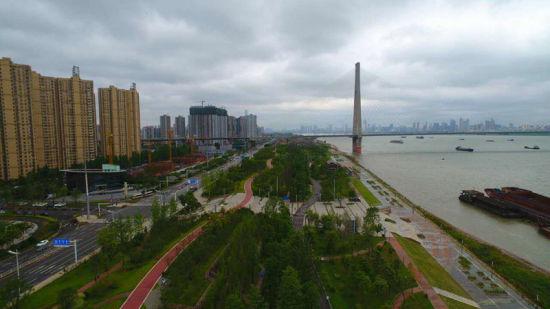 """武汉:""""四水共治""""助力海绵城市建设打造滨水生态绿城"""