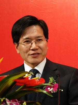 图文:国家文化部文化市场司副司长庹祖海