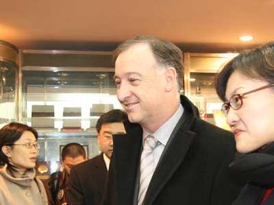 图文:通用汽车中国公司总裁兼总经理甘文维