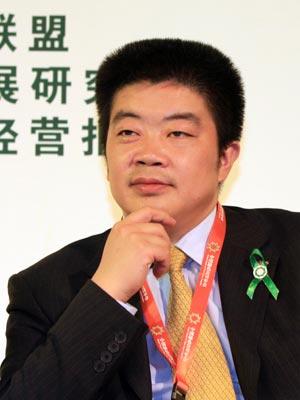 图文:北京华旗资讯数码科技有限公司总裁冯军