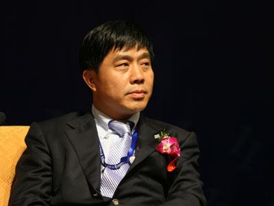 吴一坚:企业要不断地完善自己和不断地创新